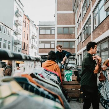 Supermarkt Flohmarkt in Bremen auf dem Bonustrack von a-flea